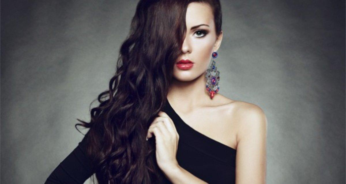 -70% на услуги для волос: 786 р. за экранирование, 900 р. за окрашивание в один тон, 1500 р. за вечернюю укладку