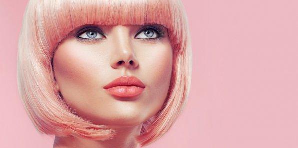Скидки до 74% на услуги для волос в салоне «Он и Она»
