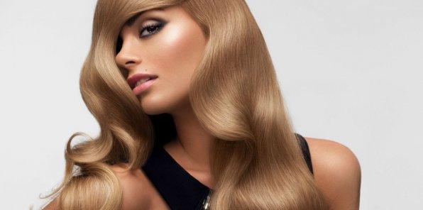 Скидки до 60% на услуги для волос в салонах «Виктория»
