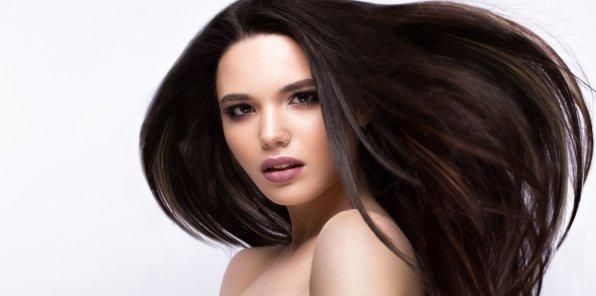 Скидки до 70% на услуги для волос в студии красоты Frunze