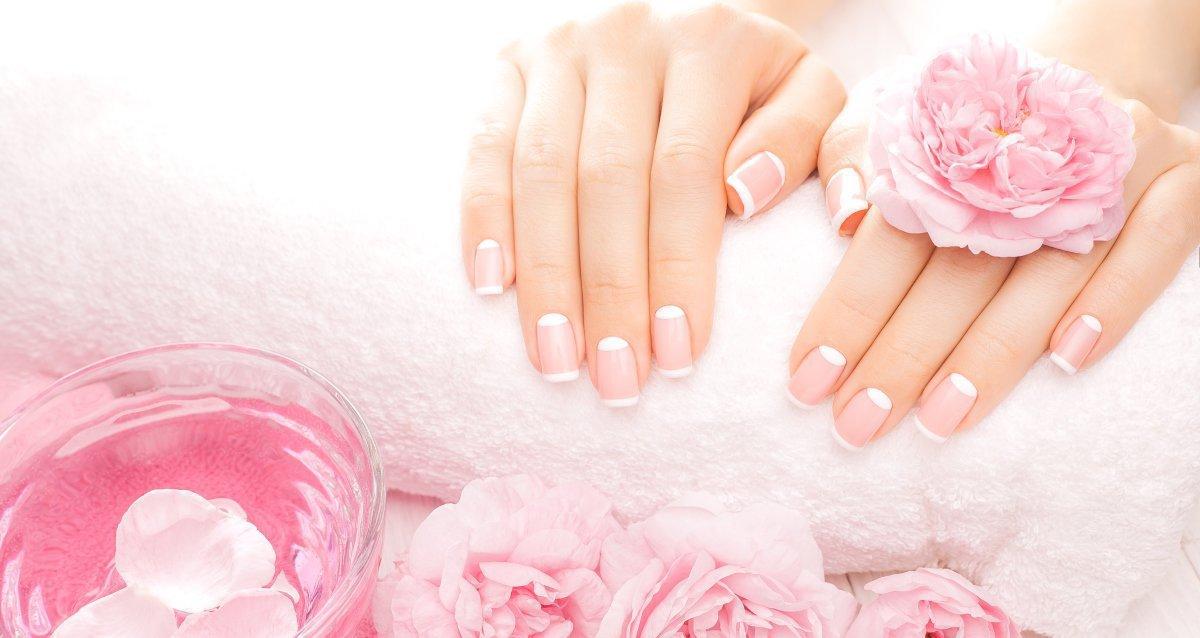 Скидки до 70% на ногтевой сервис в сети салонов «Репост»