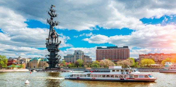 Скидка 49% на прогулку на теплоходе по Москве-реке