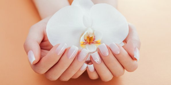 Скидки до 67% на ногтевой сервис в салоне Mulli