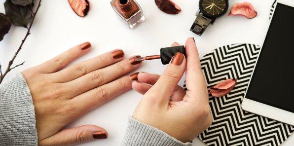 Скидки до 70% на ногтевой сервис в студии manik_neogeo