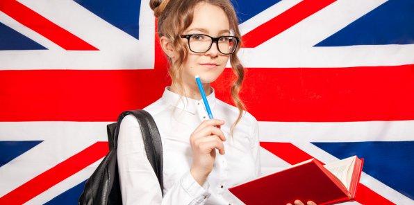 Скидки до 50% на обучение в языковой школе Clockwork