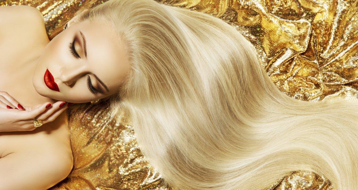 Скидки до 87% на услуги для волос в салонах «Репост»