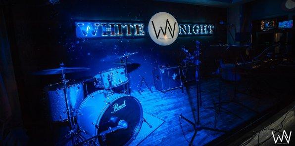 Скидка 50% на джазовые вечера в ресторане White Night Music Joint
