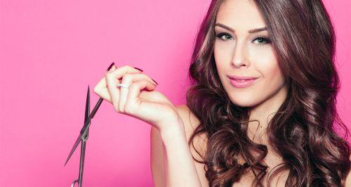 Скидки до 70% на услуги для волос в салоне на Чертановской