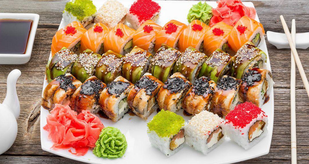 Скидка 55% от доставки суши «Сяки Маки»