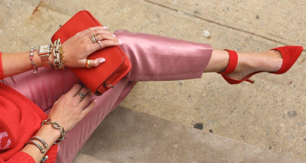 Anti-Age одежда: какие цвета омолаживают?