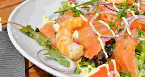 Вкусные весенние салаты: 5 рецептов