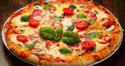 Скидка 50% или 1+1 на роллы, пиццу, бургеры и буррито от службы доставки Pizzaburger