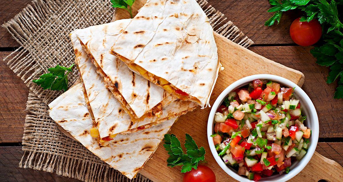 3 рецепта с мексиканской тортильей