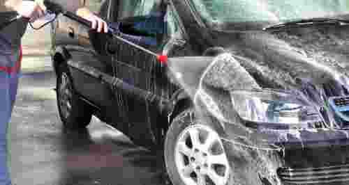 Скидки до 73% на автомойку, химчистку и полировку