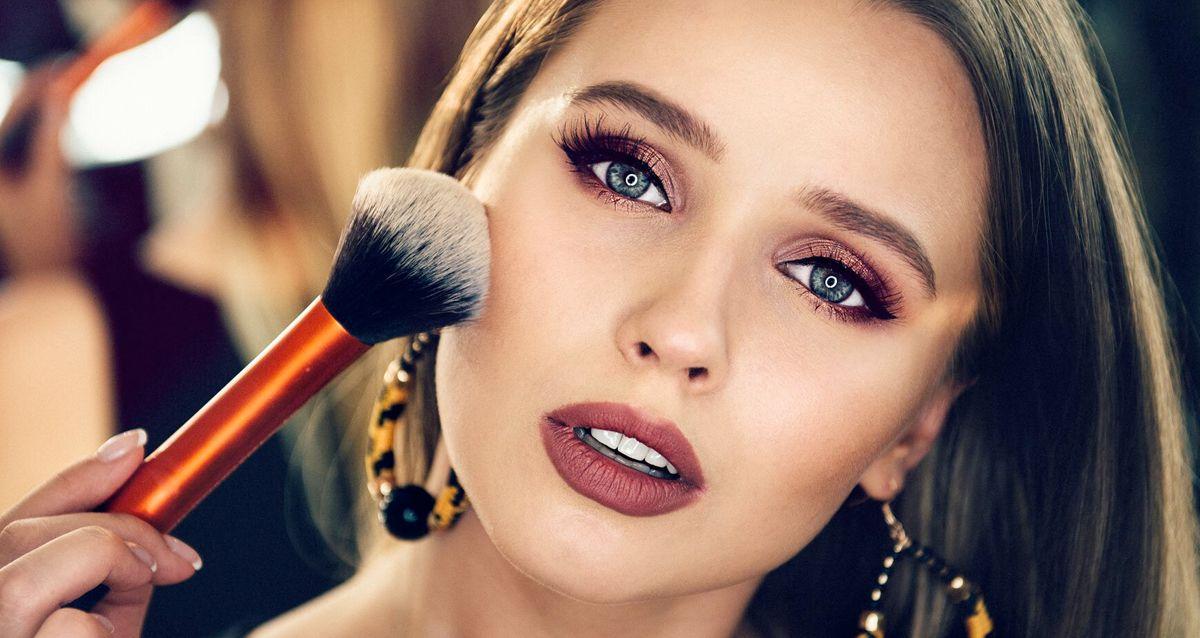 Это должна знать каждая: «капризные» участки в макияже