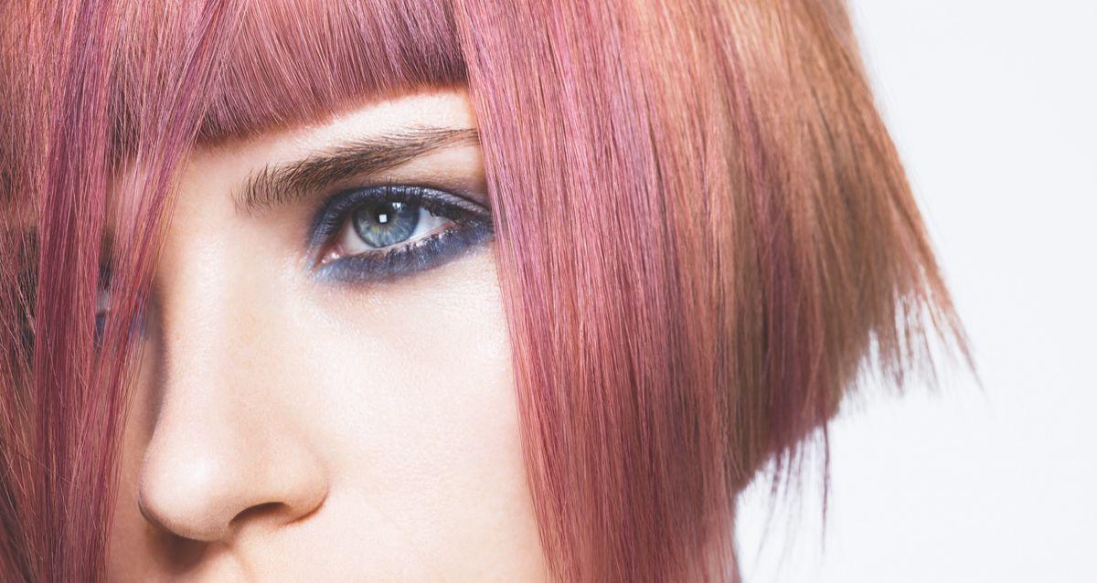 Как покрасить волосы дома: инструкция по применению