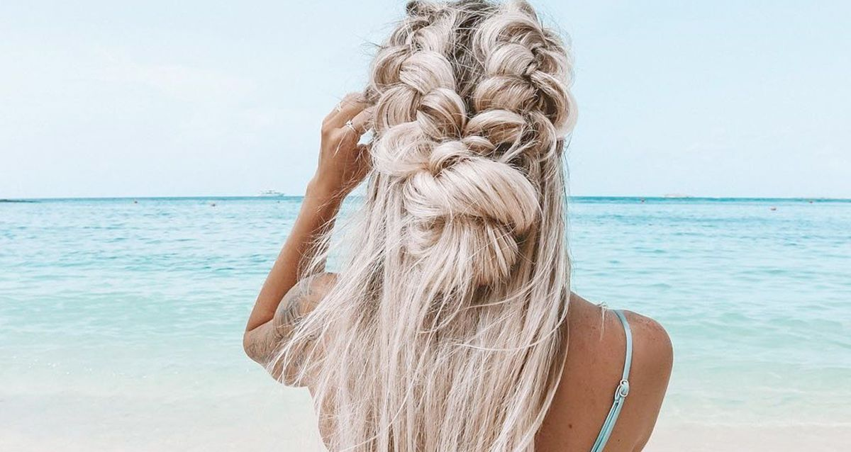 Как восстановить волосы после отдыха на море