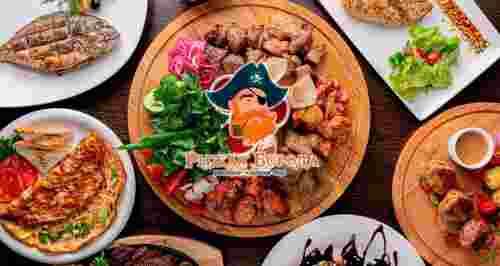 Скидка 50% на все меню в панорамном ресторане с видом на Неву