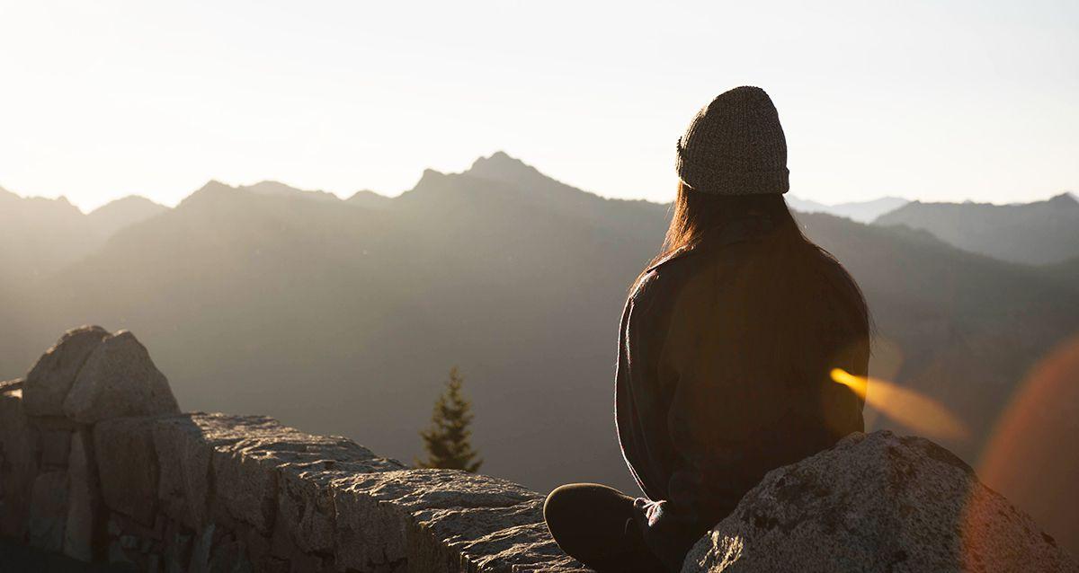 Накручивай волосы, а не себя: как жить без стресса