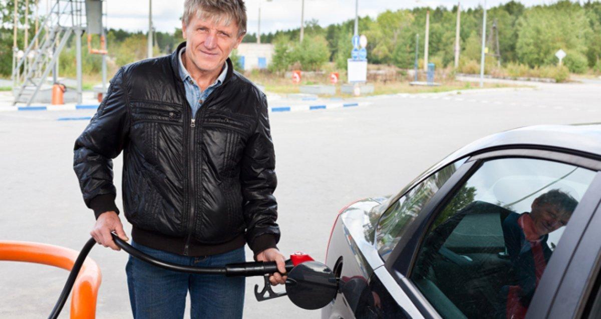 """""""Зеленая карта"""" и 10 литров бензина в придачу!"""