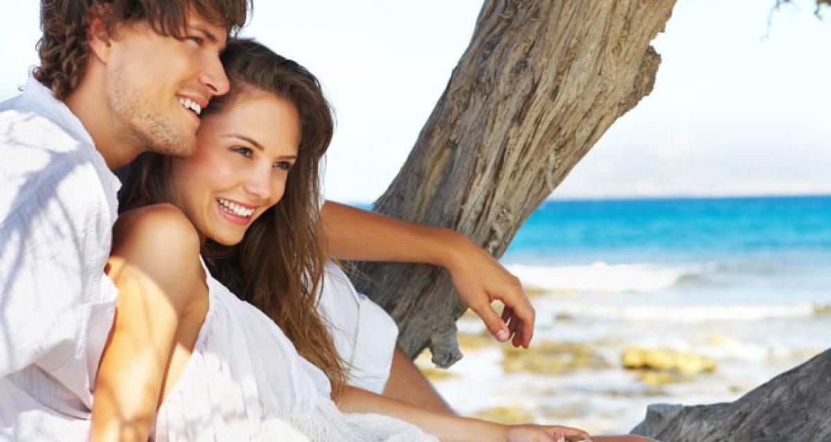 Красивые картинки молодая пара на море