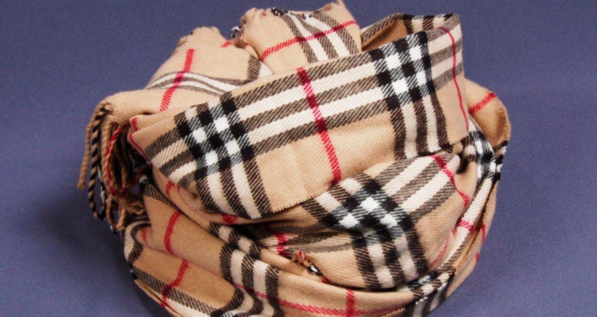 Кашемировый<br> шарф - основа лондонского стиля!