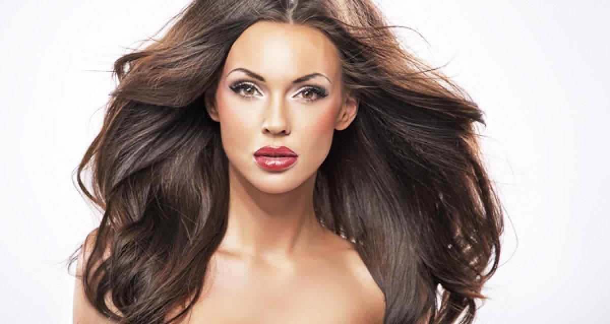 Наращивание волос со скидкой 60% в салоне Porte Rouge