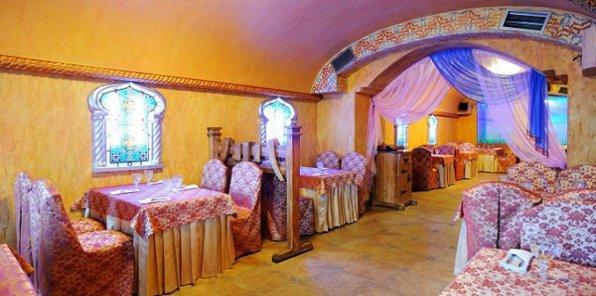 Таинство восточных традиций! Скидка 50% на все меню кухни и напитки в ресторане Marhaba