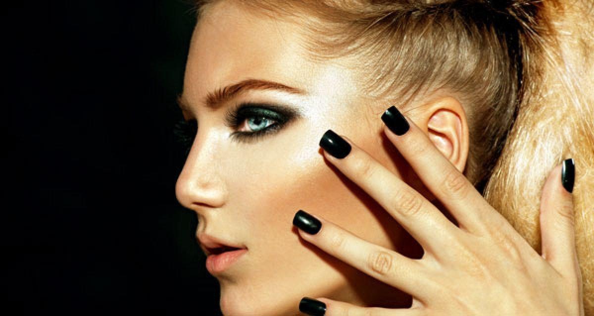 Ваши пальчики прекрасны! Скидки до 85% на маникюр и педикюр с покрытием