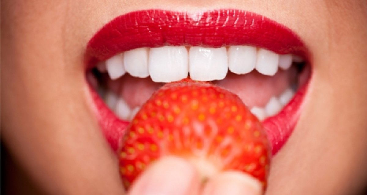 Качественно и без боли! Скидка 66% на лечение трех зубов по цене одного в стоматологической клинике «ЭСТЭЛИ»!