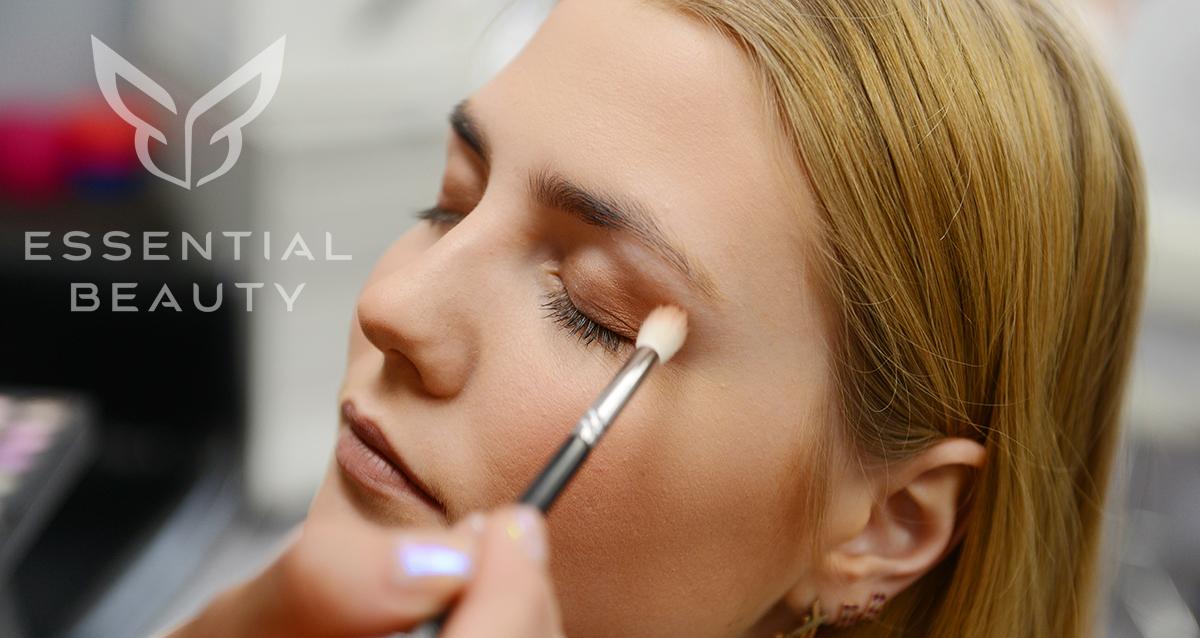 макияж в студии красоты Essential beauty